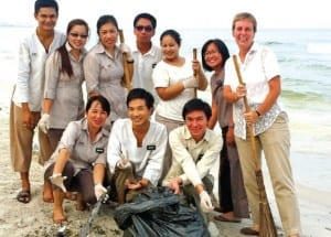 Beach Cleaning Putahracsa team got together to clean up the beach after the seasonal change