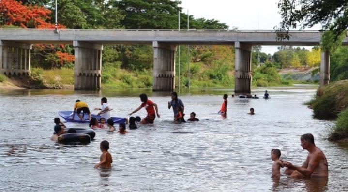 Cool Down Petchaburi's River Playground