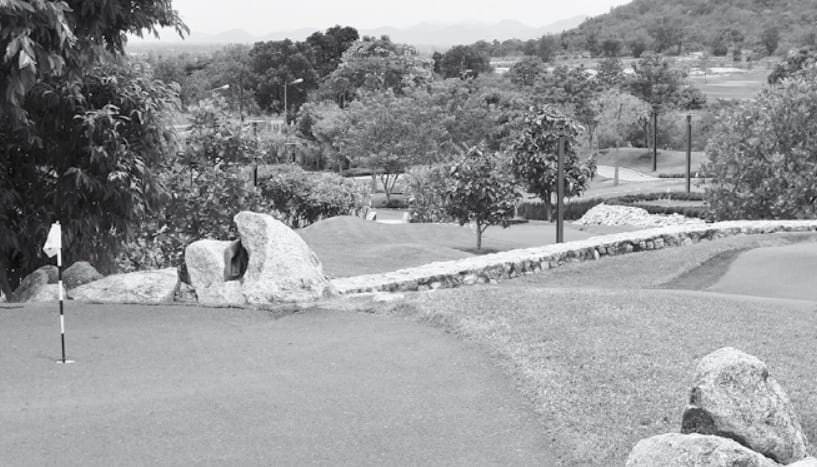 Black Mountain - Maxi Golf, Midi Golf or Mini Golf