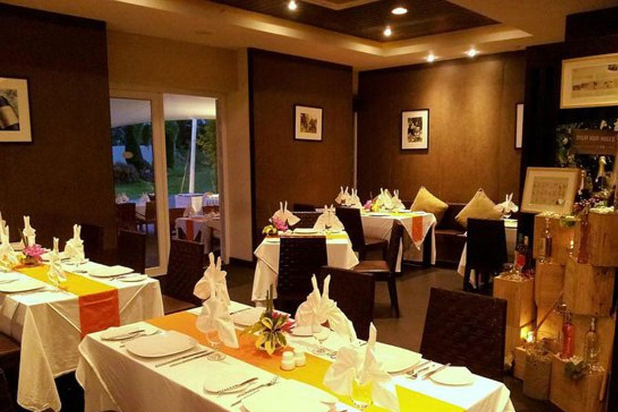Coral Restaurant & Bar at Banyan The Resort