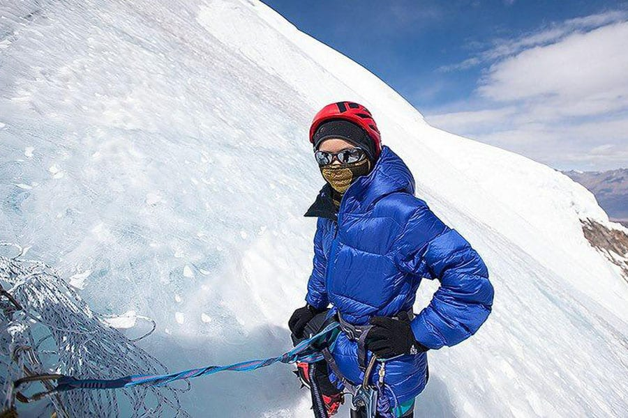 First Thai Woman to Conquer Mt. Everest Returns to Prachuap Khiri Khan