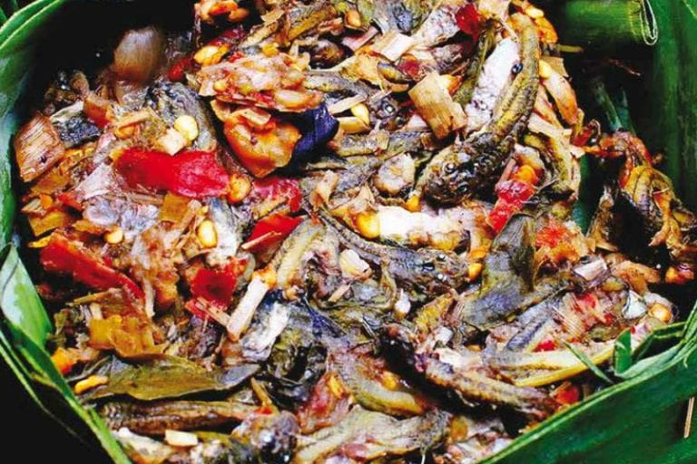 Ilustrasi kuliner Mok Huak