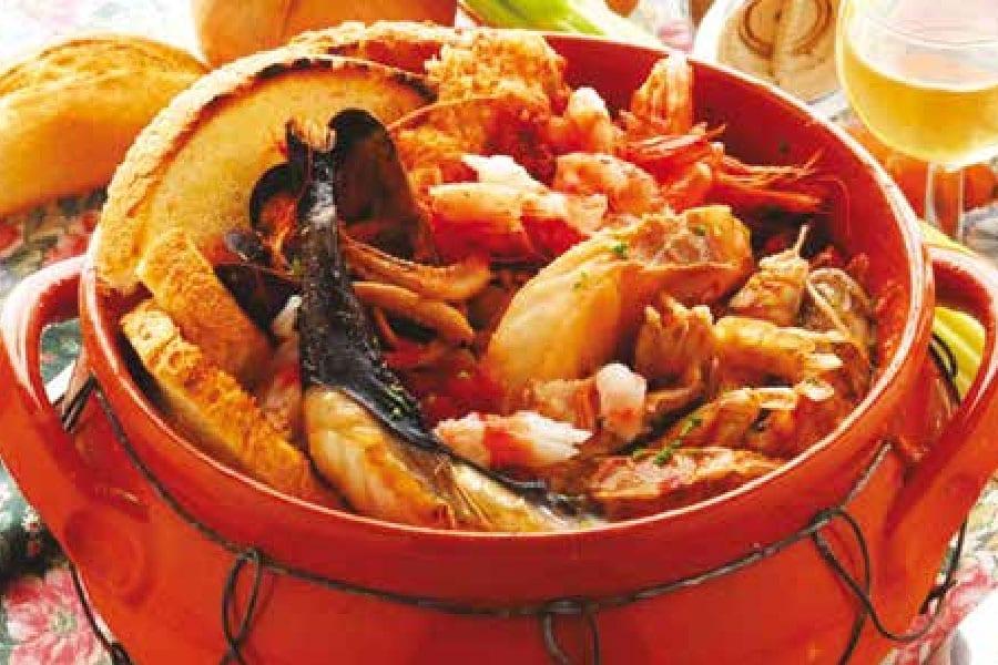 """""""Caciucco Alla Livornese"""": A Famous Tuscan Seafood Broth"""