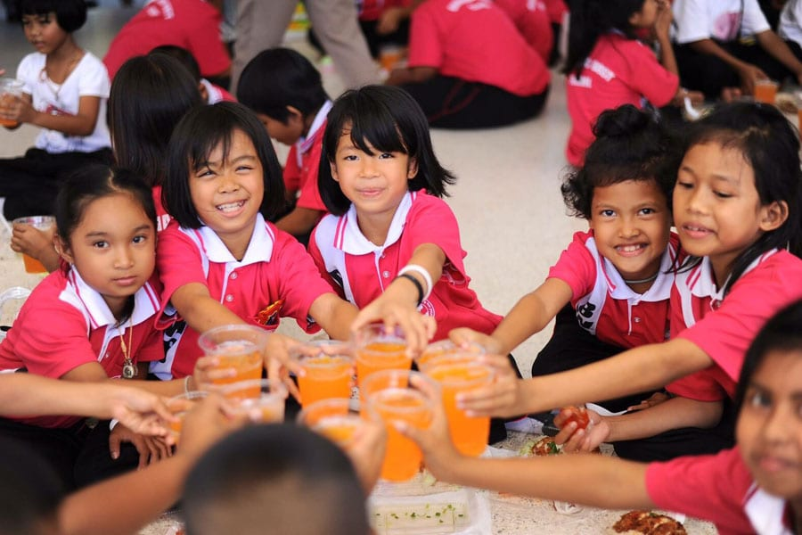 Rest Detail Hotel Host Party at Banwangbost School for Children's Day