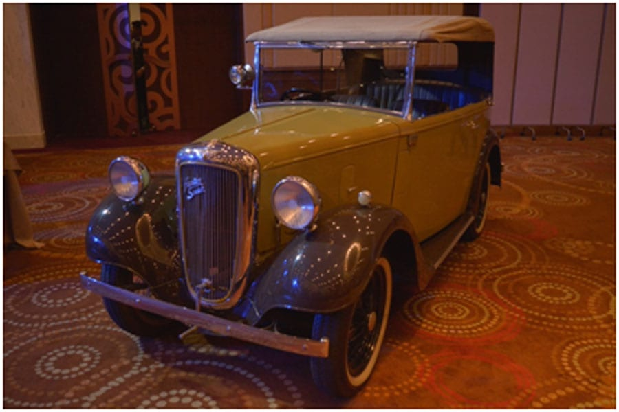 Vintage Cars and Classic Party Goers at the Sheraton
