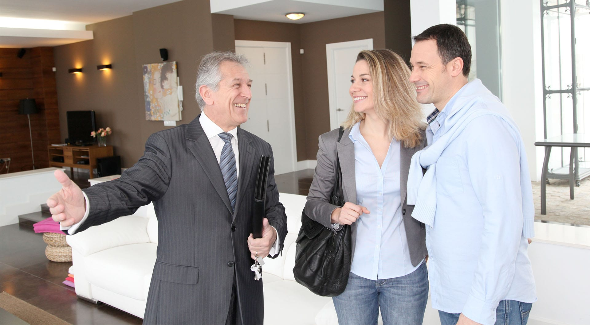 9 tips for becoming a successful real estate agent