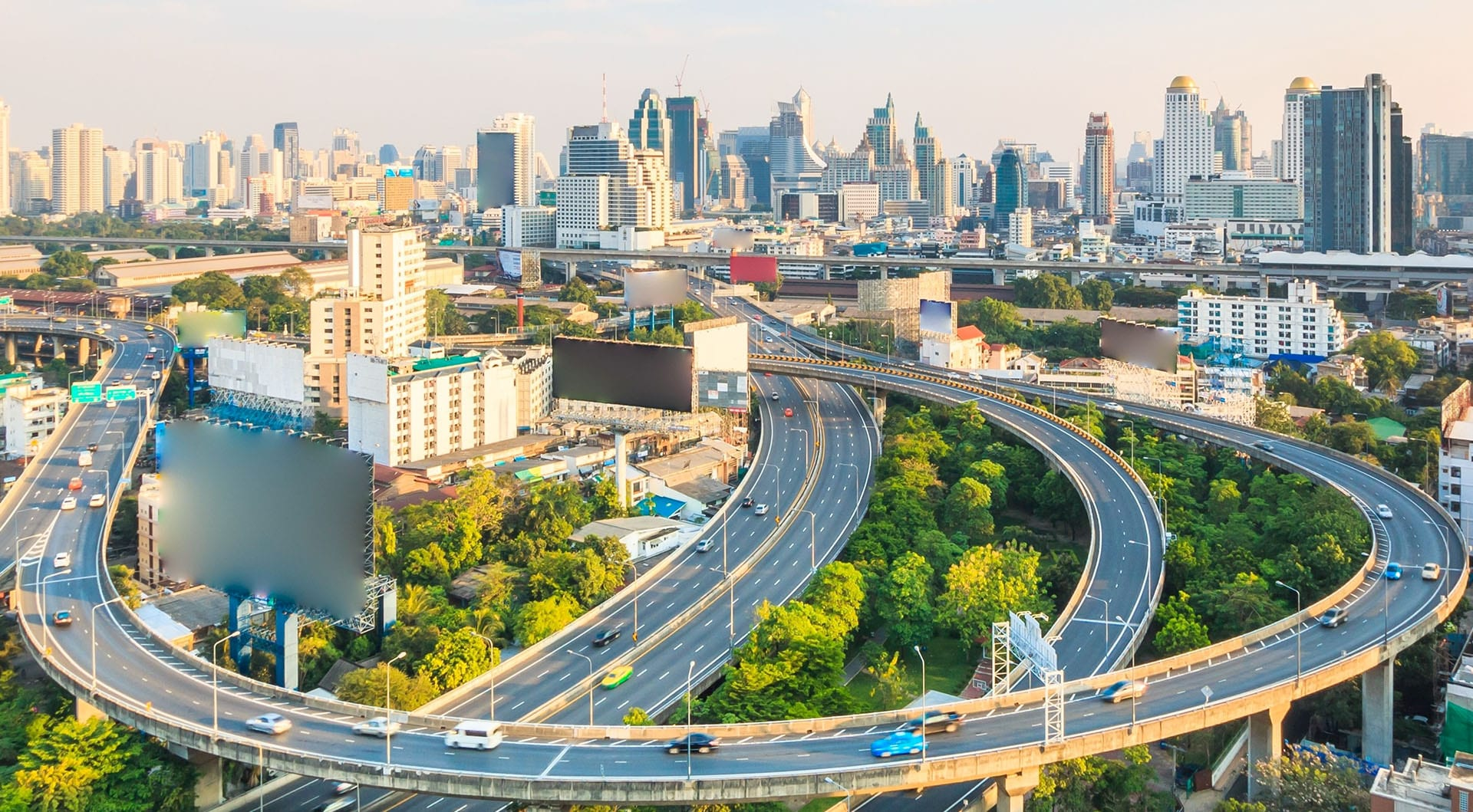 Thai property market steady but concerns about high end speculation in Bangkok