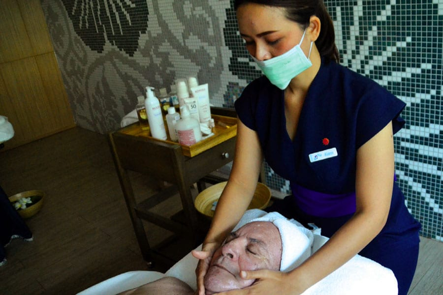 A Facial Rejuvenation at the Amari Breeze Spa