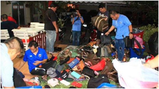 Fake Goods Vendors Run for Cover in Hua Hin