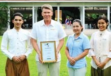 Top Luxury Hotel Award 2018 for Centara Hua Hin