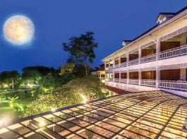 Mid-autumn Festival with Mooncakes from Centara Grand Beach Resort & Villas Hua Hin