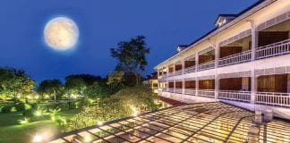 Mid-autumn Festival with Mooncakes from Centara Grand Beach Resort & Villas Hua Hin