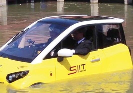 Watertight Electric Car is a Flood-Survivor