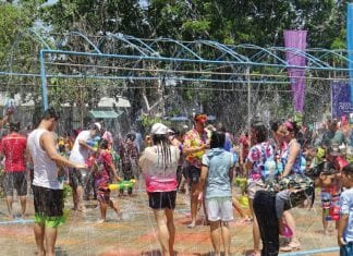 Hua Hin Municipality invites you to join the Thai traditional holiday festival